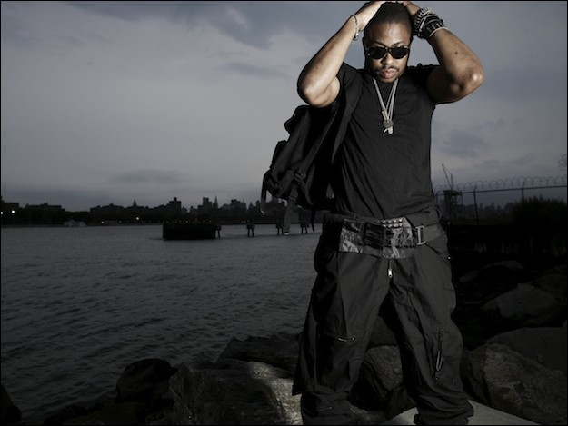 Picture of Raheem Devaughn