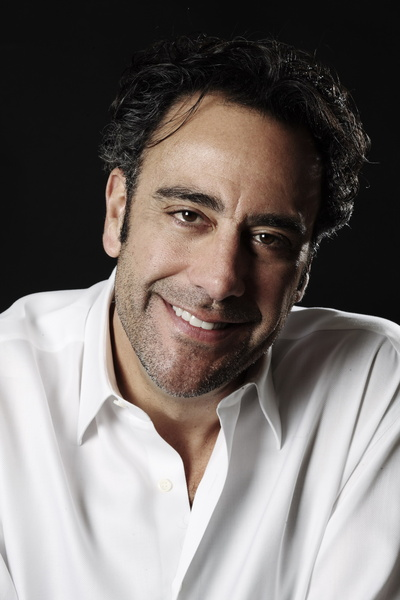 Picture of Brad Garrett 