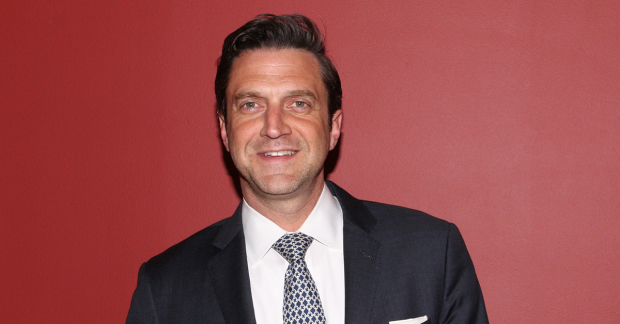 Picture of Raul Esparza